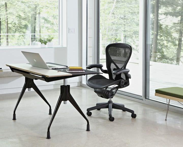 Fesselnd Höhenverstellbarer Schreibtisch; Höhenverstellbarer Schreibtisch ...