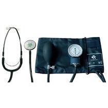 Blutdruckmessgerät mit Manschette
