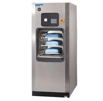 Sterilisator für medizinische Anwendungen / Dampf / mit Fußgestell / Frontlader