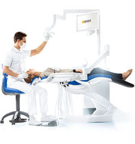 Dentale Einheit / mit Instrumententräger / mit Monitor / mit Hygienesystem