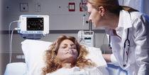 Klinik Patientenmonitor / Kapnographie / Sauerstoff / kontinuierlich
