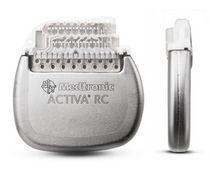 Implantierbarer Neurostimulator / für Tiefenhirnstimulation