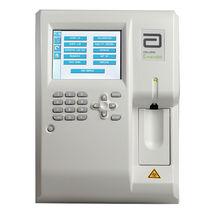 Automatischer Hämatologie-Analysator / mit Touchscreen / für Labortisch