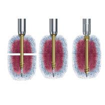 Knochen-Kompressionsschraube / Knochenfragmente / Made