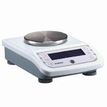 Elektronische Laborwaagen / mit Digitalanzeige / für Labortisch