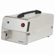 Schweißgerät für Blutbeutelschläuche / automatisch / für Labortisch / tragbar