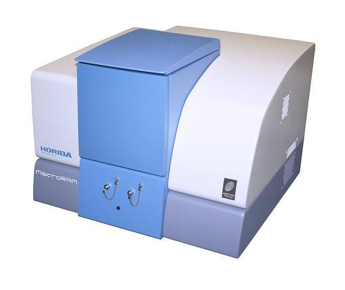 Raman-Spektrometer / für die Pharmaindustrie / für Molekular- und Zellbiologie / Tischgerät