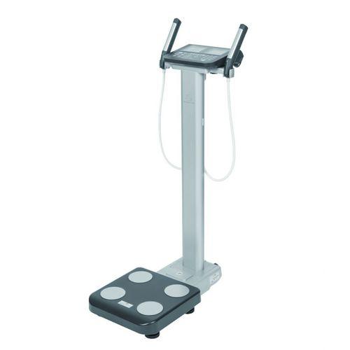 Körper-Analysewaage durch Segmentierung / mit Digitalanzeige / Ganzkörper / Bluetooth