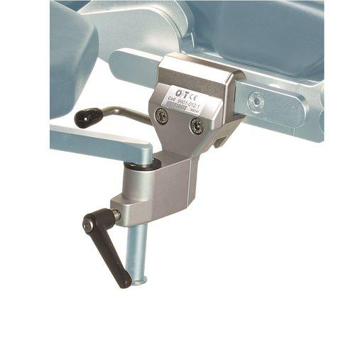festinstallierter Klammer für OP-Tisch