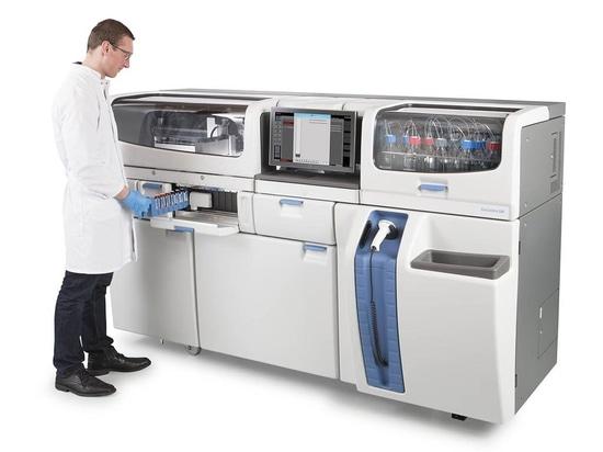 Thermo Fisher Scientific Ushers in der neuen Ära der klinischen Massenspektrometrie mit erstem völlig integriertem Analysator der Welt Labor