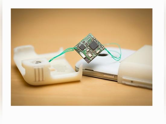 Neuer Smartphone-Fall bietet die unterwegsblutzucker-Überwachung an
