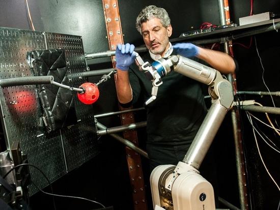 Amputierte können lernen, einen Roboterarm mit ihrem Verstand zu steuern