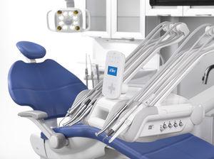 Dentaler Behandlungscart / sesselmontiert / 6 Instrumente
