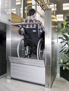 Rollstuhl-Hebebühne