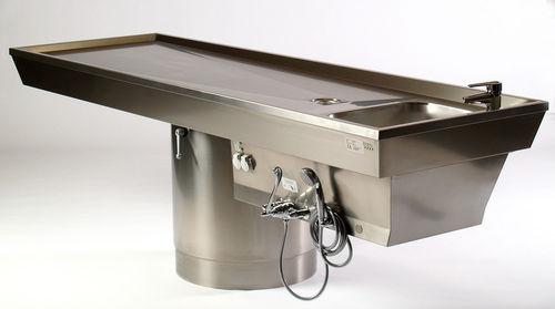Tisch für Autopsie
