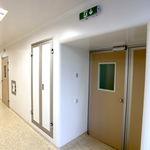 hermetisch dichte Tür / Schiebe / Intensivpflege / für OP-Bereich