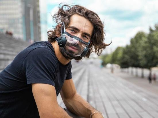CIVILITY-Maske lässt die Menschen während einer Pandemie die Gesichter der anderen sehen